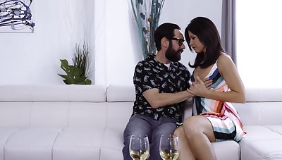 Sexy housewife India Summer lures dude to stand aghast at fucked sideways hard by aroused pencil