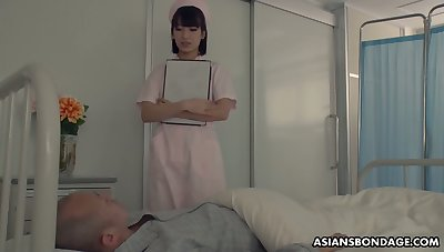Japanese nurse enjoying some steamy gangbang sexual relations encircling her perverted patients