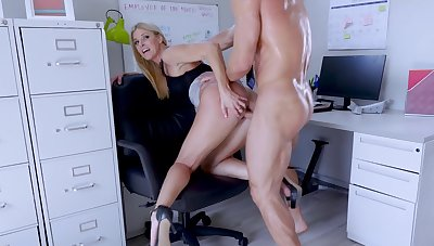 Big-assed boss Indian Summer shagged and creampied wits endowed associate