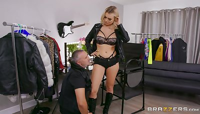 Intense kirmess shows off in merciless femdom scenes