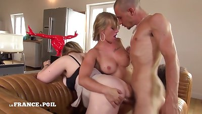 Twosome Naughty Gorgeous Cousins Competetion
